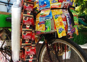 Yuk Intip Penghasilan Pedagang Kopi Keliling di Jakarta, Siap-Siap Terkejut!
